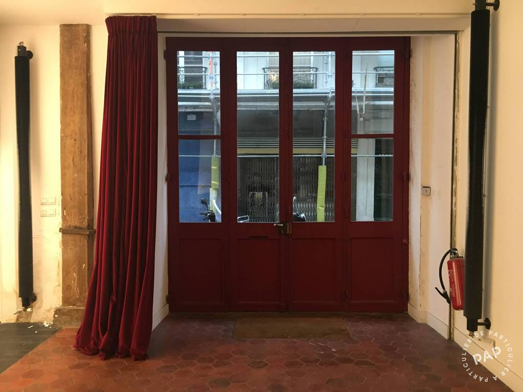 Local commercial 2.700€ 66m² Paris 4E (75004)