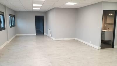Location bureaux et locaux professionnels 70m² Cormeilles-En-Parisis (95240) - 1.150€