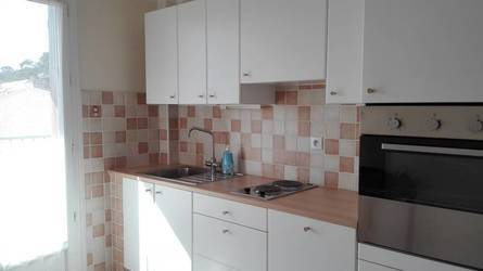 Location appartement 40 m² Toulon (83200) - 565 €