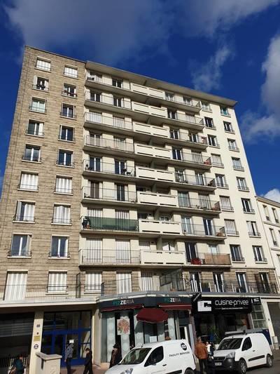 Location appartement 3pièces 77m² Pantin (93500) - 1.400€