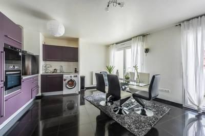 Location meublée appartement 2pièces 65m² Saint-Denis (93210) - 1.450€