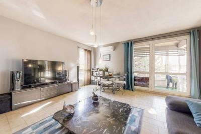 Vente appartement 3pièces 75m² + 2 Garages -Marseille 10E (13010) - 223.000€
