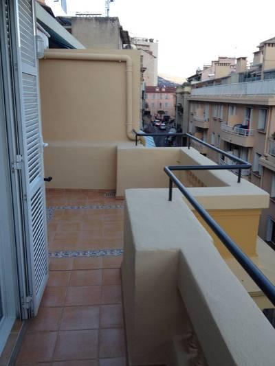 Location appartement 3pièces 64m² Beausoleil (06240) - 1.364€