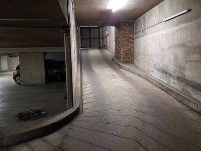 Location garage, parking Paris 17E (75017) - 190 €