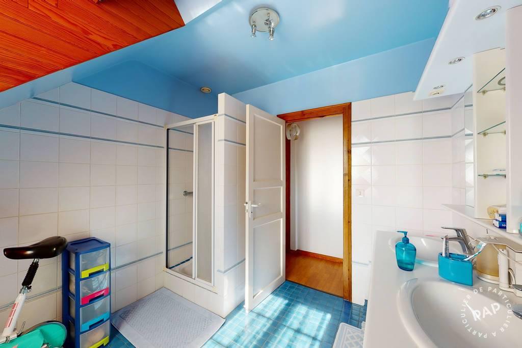 Immobilier 8 Km De Pau 299.000€ 165m²