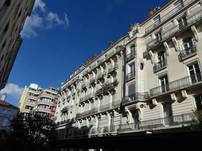 Location appartement 2pièces 66m² Grenoble (38000) - 780€