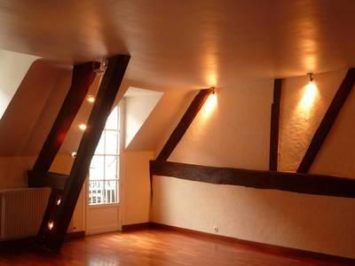 Location appartement 3pièces 85m² Chartres (28000) - 690€