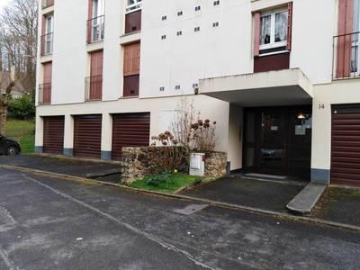 Location appartement 3pièces 67m² Gif-Sur-Yvette (91190) - 1.240€