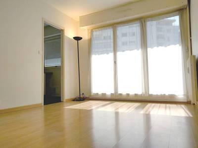 Location studio 25m² Issy-Les-Moulineaux (92130) - 800€