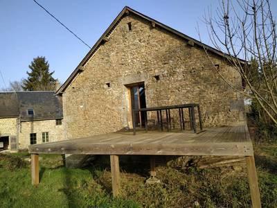 Saint-Pierre-Des-Nids (53370)