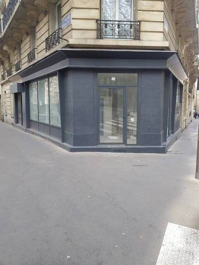 Location ou cession local commercial 58 m² Paris 19E (75019) - 2.250 €