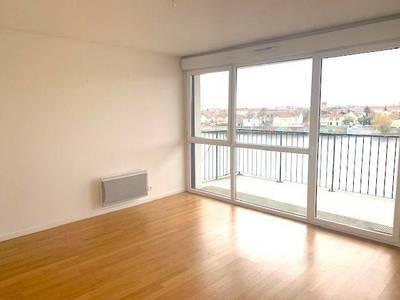 Location appartement 3pièces 61m² Choisy-Le-Roi (94600) - 1.048€