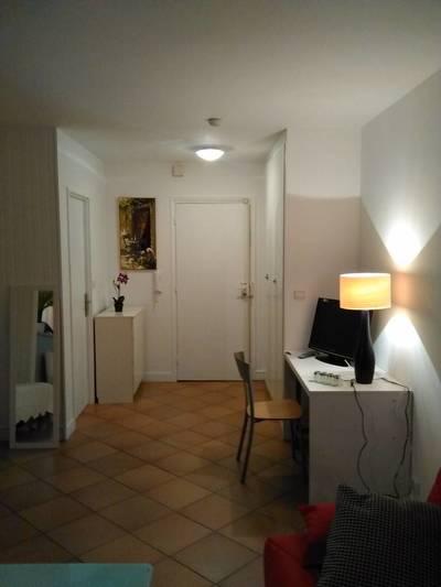 Location meublée studio 36m² Paris 14E (75014) - 1.195€