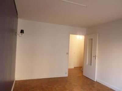 Location appartement 2pièces 46m² Villemomble (93250) - 790€