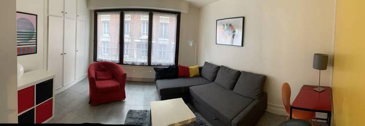 Location meublée studio 29m² Paris 18E (75018) - 990€