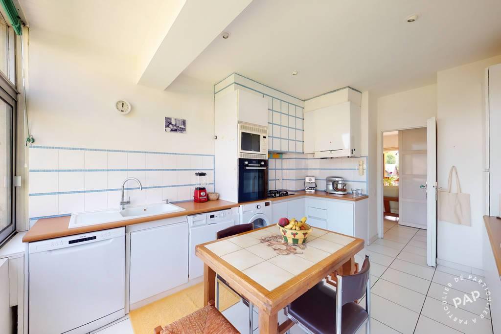 Appartement Rénové - Lumineux Et Sans Vis À Vis + Garage 245.000€