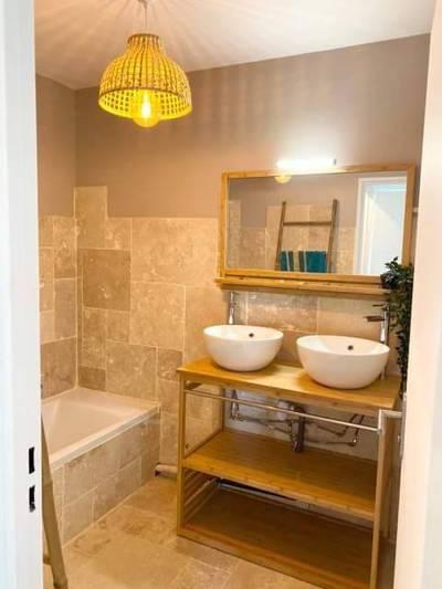 Location meublée appartement 3pièces 63m² Marseille 3E (13003) - 1.050€