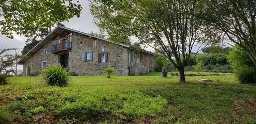 Vente maison 250m² Arbouet-Sussaute (64120) - 441.000€