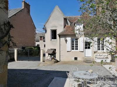 Vente maison 120m² Le Châtelet (18170) - 92.000€