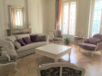 Location meublée appartement 5pièces 140m² Lyon 6E (69006) - 2.300€