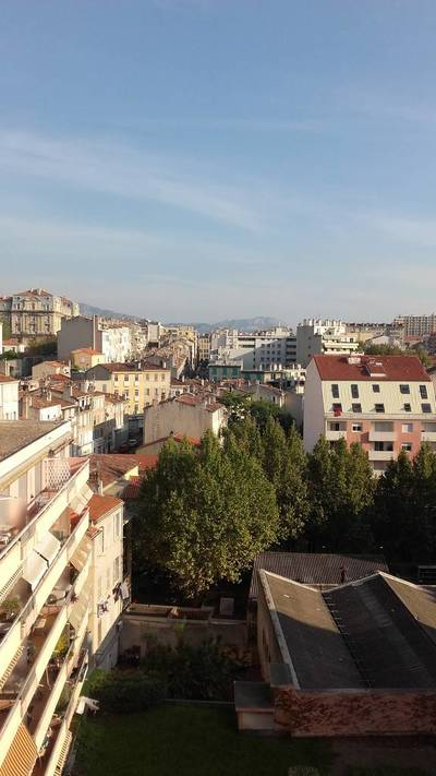 Location meublée appartement 2pièces 44m² Marseille 3E (13003) - 715€