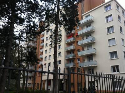 Location appartement 4pièces 72m² Montrouge (92120) - 1.995€
