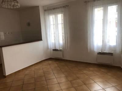 Location appartement 2pièces 45m² Houdan (78550) - 690€