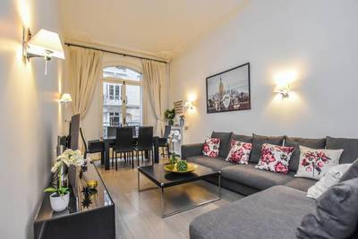 Location meublée appartement 3pièces 100m² Paris 16E (75116) - 4.400€