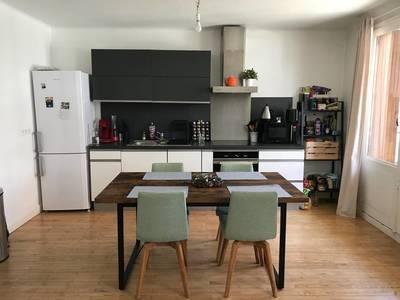 Location appartement 3pièces 65m² Annecy (74000) - 982€