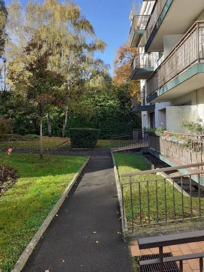 Location appartement 2pièces 52m² Châtenay-Malabry (92290) - 1.192€