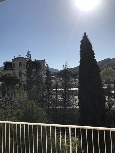 Location meublée studio 75m² Marseille 9E (13009) - 750€