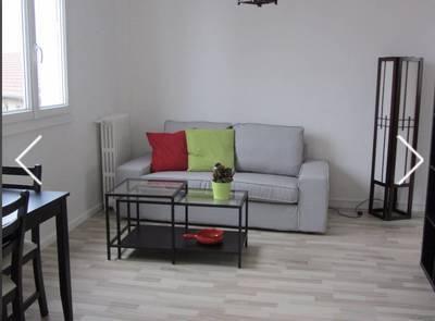Location meublée appartement 2pièces 55m² Le Kremlin-Bicêtre (94270) - 1.070€
