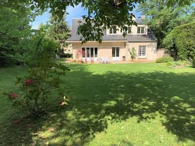 Location maison 206m² Versailles (78000) - 4.130€