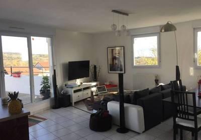 Location appartement 4pièces 91m² Cessy (01170) - 1.920€