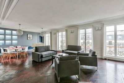 Location meublée appartement 4pièces 115m² Paris 1Er (75001) - 3.400€