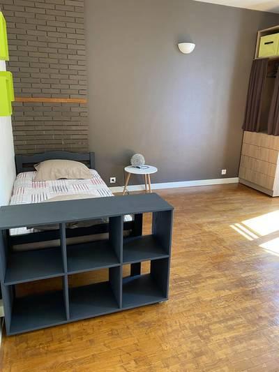 Location meublée studio 21m² Clichy (92110) - 770€