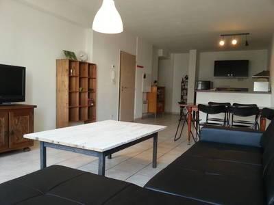 Location meublée appartement 3pièces 82m² Marseille 1Er - 935€