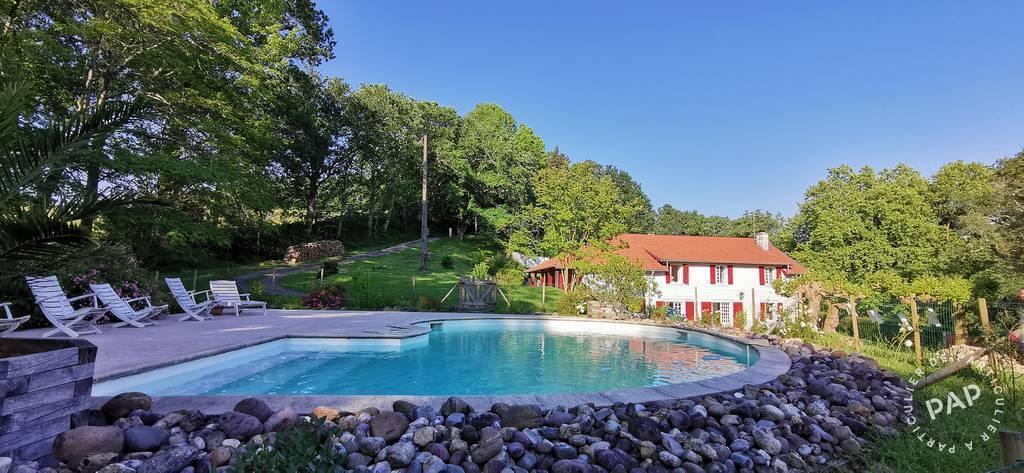 Vente Maison Urcuit (64990) 350m² 785.000€