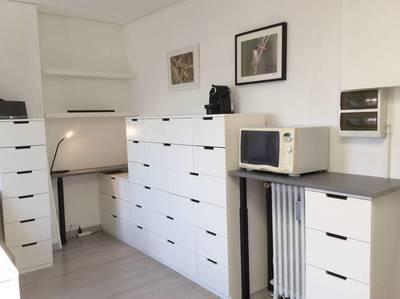 Location meublée studio 19m² Paris 17E (75017) - 980€
