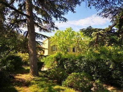 Location appartement 7pièces 166m² Marseille 12E (13012) - 2.160€