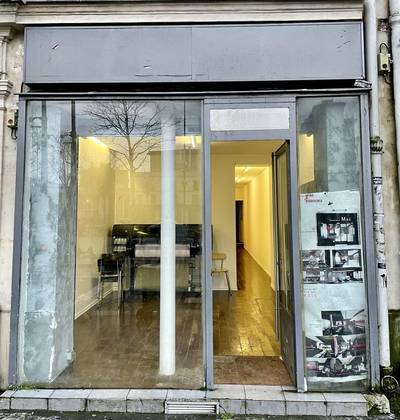 Local commercial Paris 12E (75012) - 70 m² - 120.000 €