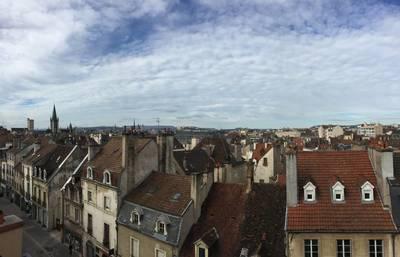 Vente appartement 3pièces 85m² Dijon (21000) - 210.000€