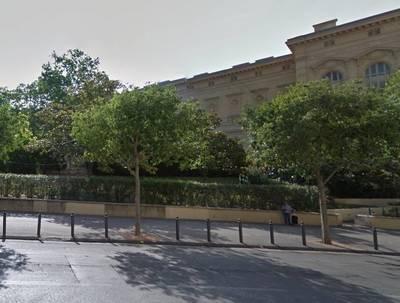 Location appartement 3pièces 65m² Marseille 1Er (13001) - 980€