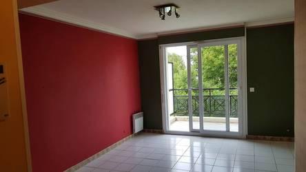 Location appartement 32m² Villemomble (93250) - 735€