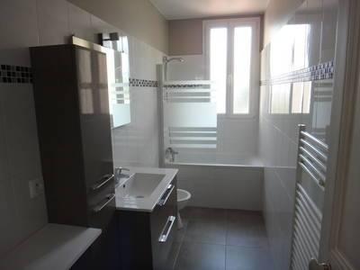 Location appartement 3pièces 64m² Saint-Maur-Des-Fossés (94210) - 1.270€