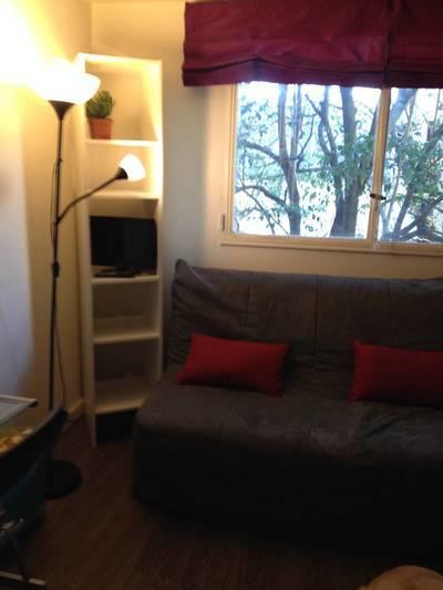 Location meublée studio 17m² Paris 16E (75016) - 820€