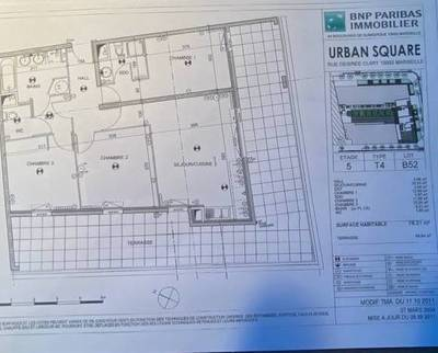 Location appartement 4pièces 78m² Marseille 2E (13002) - 1.280€