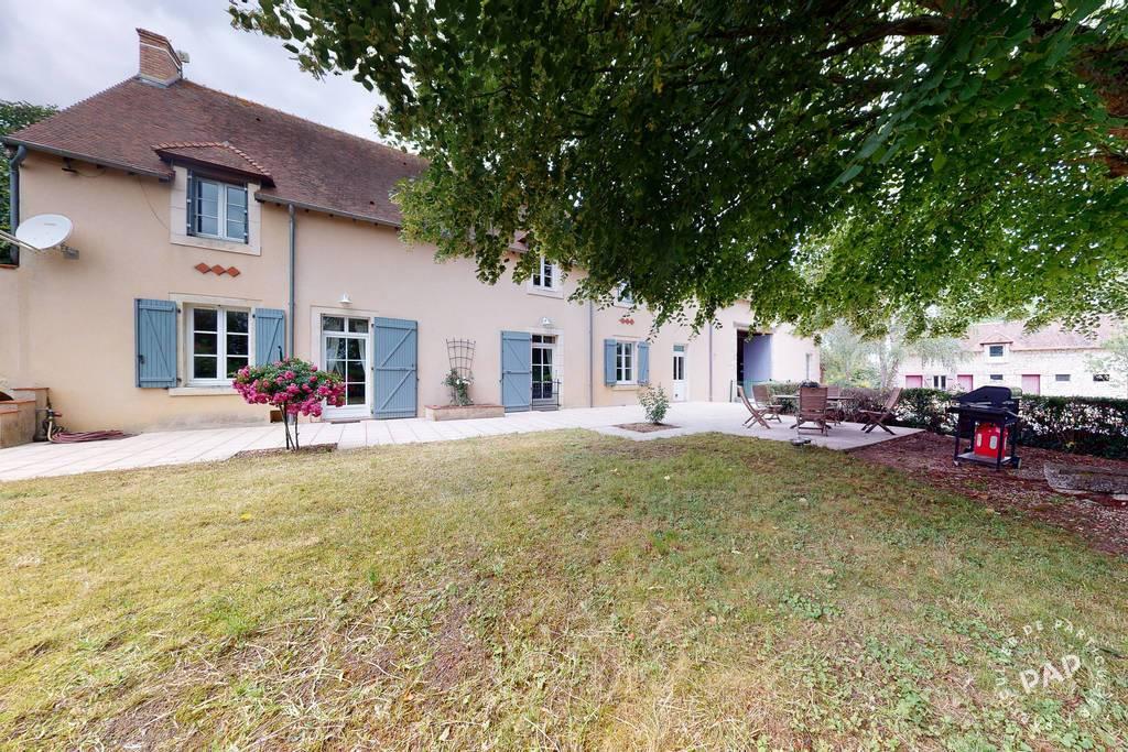 Vente Maison Levet  393.000€