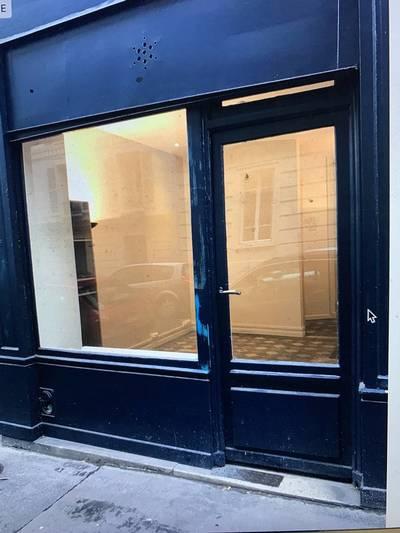Local commercial Paris 18E (75018) - 21m² - 205.000€