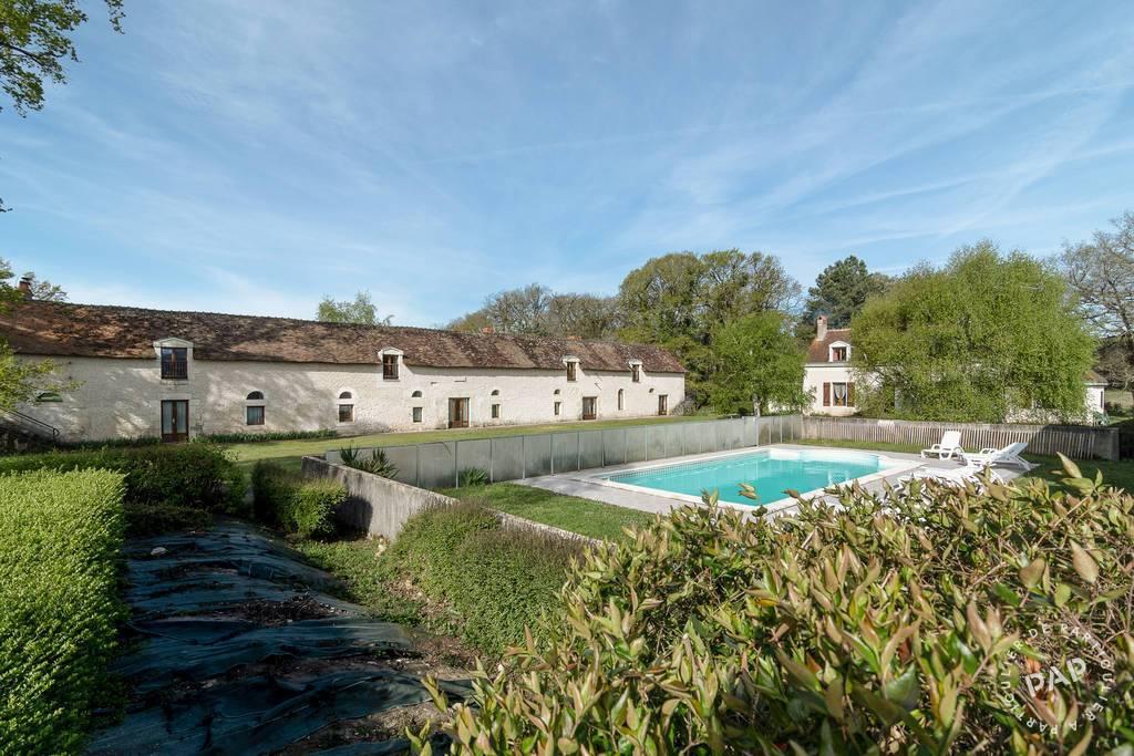 Vente Maison Oyré 750m² 649.000€